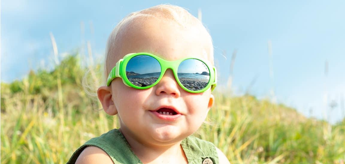 Gutt med Mokki Click & Change solbriller